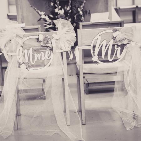 Mariage_Dos de chaise_Couronne Mr et Mme_Cinthya & Xavier_600x600