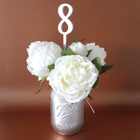 Deco-mariage_Table-de-fête_Cake-topper_Numéro-de-table_Chiffre_Argent_Ambiance_2_600x600
